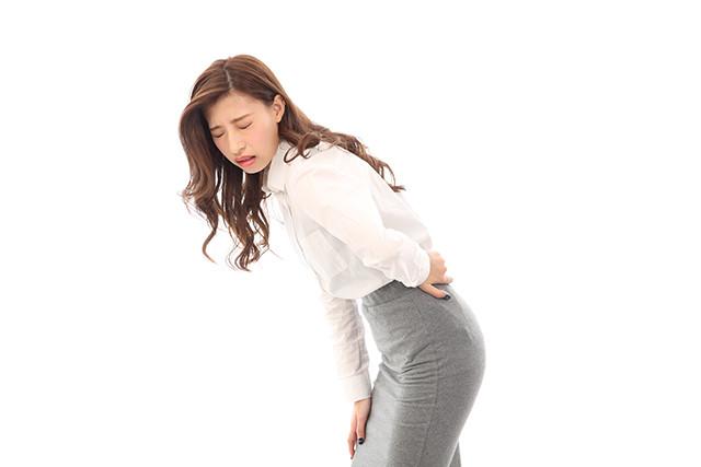 石岡 腰痛の原因は腰周辺の筋肉の硬さと背骨の硬さ